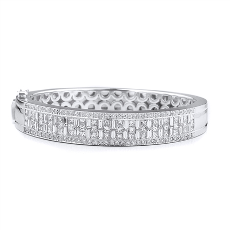 18KTW BANGLE DIAMOND 7.40CT