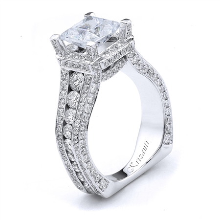 18KTW ENGAGEMENT RING 2.35CT