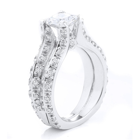 18KT WHITE ENGAGEMENT RING 1.12CT
