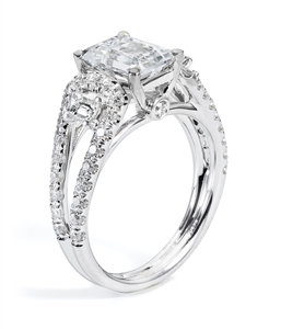 Diamond Engagement Ring in 18kt White Gold