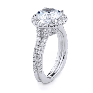 18KT WHITE ENGAGEMENT RING 1.04CT