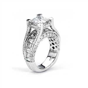 18KTW INVISIBLE SET ENGAGEMENT RING, DIAMOND 3.61CT