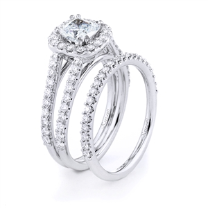 18KTW ENGAGEMENT 0.82CT, BAND 0.27CT