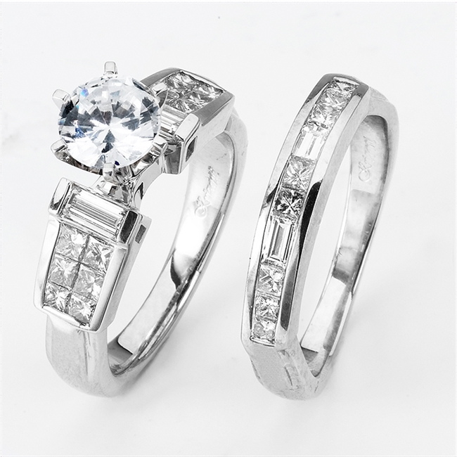 18KTW INVISIBLE SET, ENGAGEMENT SET 1.30CT