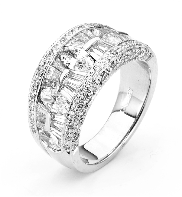 18K WHITE BAND 2.74ct
