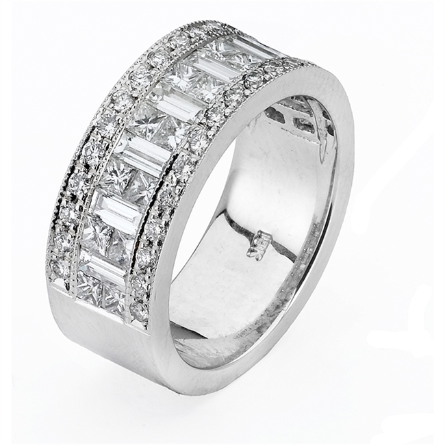 18KTW INVISIBLE SET BAND DIAMOND 2.33CT