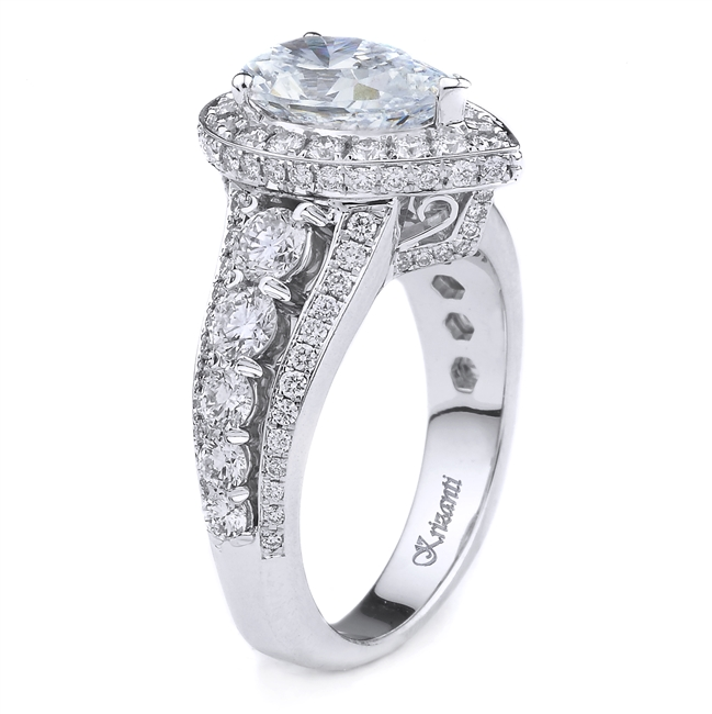 18K WHITE ENGAGEMENT RING 1.67CT